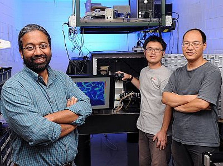 Iowa State University and Ames Laboratory researchers Sanjeevi Sivasankar, Chi-Fu Yen, and Hui Li have invented a microscopy method—standing wave axial nanometry (SWAN)—to study single biological molecules